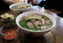 Đâu là những quán phở có hương vị ngon nhất Việt Nam?